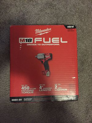 MILWAUKEE 1/2 IN IMPACT WRENCH for Sale in Renton, WA