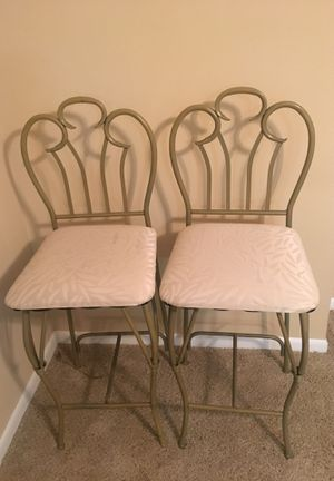 Breakfast bar chairs/high table for Sale in Tampa, FL