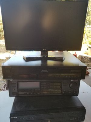 Onkyo Receiver and 5 Disc Changer for Sale in Folsom, CA