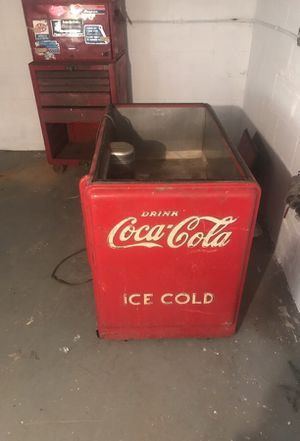 Vintage Coca Cola cooler for Sale in Pittsburgh, PA