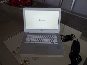 HP Chromebook 14 for Sale in Elk Grove Village, IL