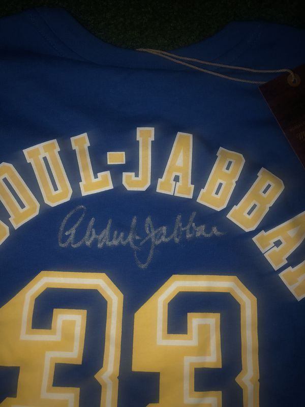 Kareem Abdul Jabbar authentic signed shirt, UCLA LAKERS