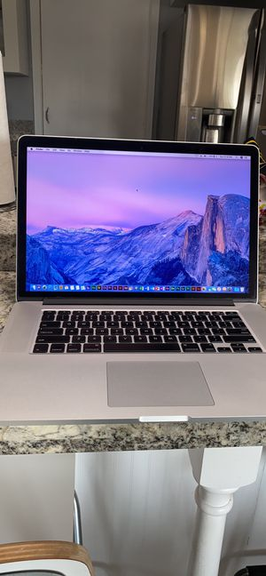 "APPLE MACBOOK PRO 15"" INTEL CORE i7 @ 2.4GHZ 16GB RAM 256GB SSD! 2 GRAPHICS CARDS! LOADED WITH PROGRAMS!! for Sale in Hercules, CA"