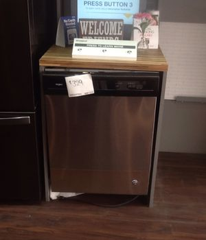 New open box whirlpool dishwasher WDF330PAHS for Sale in Whittier, CA