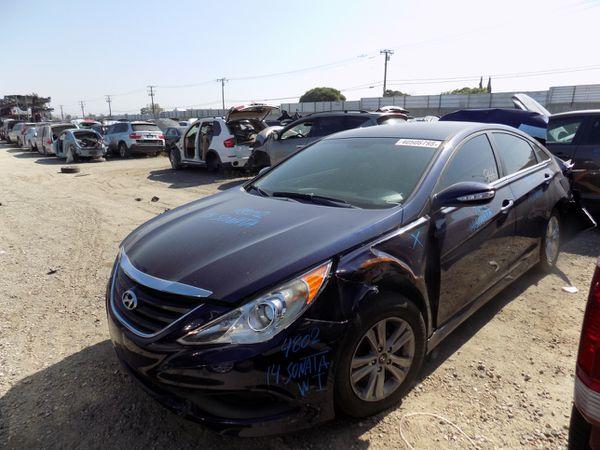 2014 Hyundai Sonata 2.4L (PARTING OUT)