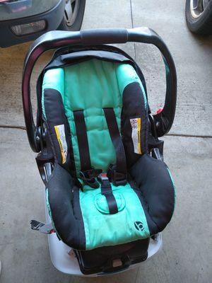 Babytrend Car Seat and Base for Sale in Upland, CA