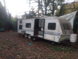 Salem camping for sale five damage outside frame for Sale in Charlotte, NC