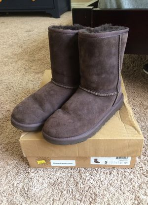 UGG Boots like new, size 7 for Sale in San Diego, CA