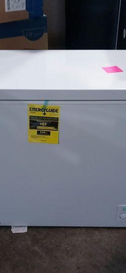 7 Cubic Foot Deep Freezer for Sale in Lexington,  KY
