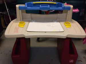 Step 2 Kids Desk for Sale in New Rochelle, NY