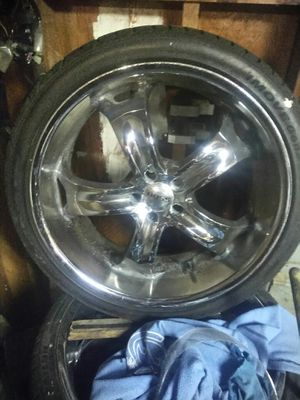 22 inch boss 90% tread for Sale in Kansas City, MO