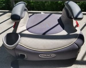 Graco booster seat for Sale in Hopkins, MN