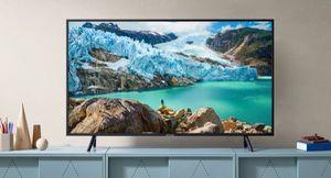 """SAMSUNG 55"""" 4K Ultra HD Smart LED TV Televisor Television UN55RU7100 for Sale in Miami, FL"""