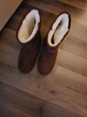 Women Dark brown fur boots for Sale in Columbus, OH