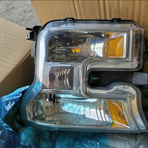 2015 / 2017 Ford f150 EOM Headlights for Sale in Aurora, IL