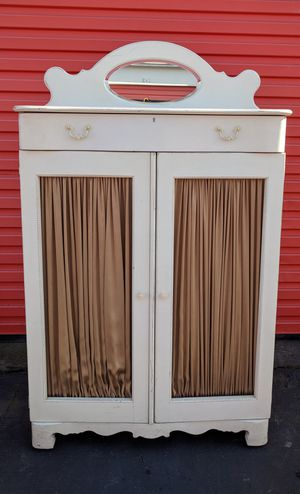 Gorgeous Betsy Cameron - Lexington Armoire Dresser Storage for Sale in Rancho Cordova, CA