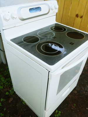 GLASS-TOP SELF-CLEANING CONVECTION OVEN - FREE DELIVERY AND INSTALLATION for Sale in Tampa, FL
