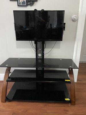 Mesa para televisor / tv table for Sale in Waterbury, CT