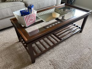 Coffee Table Set - Used Only For Staging Purposes To Sell a House for Sale in St. Cloud, FL