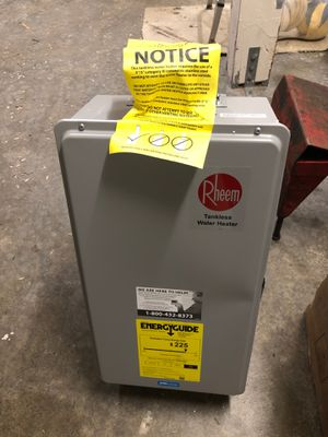 Rheem RTG-70DVLN-1 Direct Vent Water Heater for Sale in Mukilteo, WA