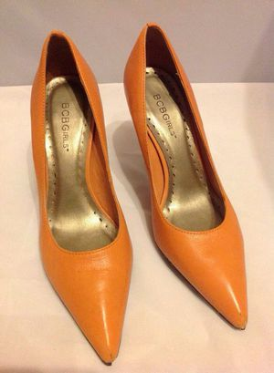 BCBG POINTED TOE PUMPS for Sale in Bronx, NY