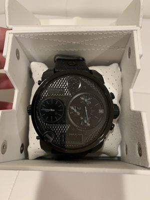Authentic Diesel watch like new with box for Sale in San Francisco, CA