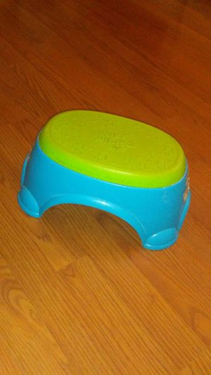 Toddler step stool for Sale in Rolla, MO