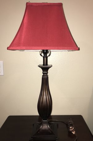 31-inch Lamp for Sale in Yucca Valley, CA