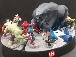 Disney Infinity 2.0 Frost Giant Beast Lighted Display Avengers Thor Captain America Hulk Loki for Sale in Alameda, CA