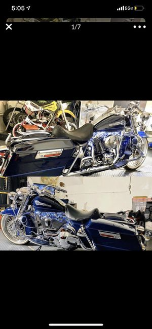 2005 Harley Davidson Rd., King excellent condition for Sale in Pomona, CA