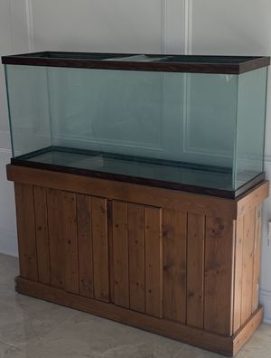 FREE fish tank, only. for Sale in Houston, TX