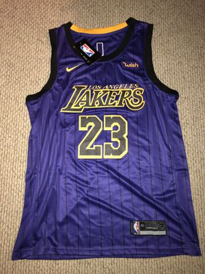 Brand new Stitched with Tags LeBron James Lakers Purple Jersey (Size M) for Sale in Danville, CA