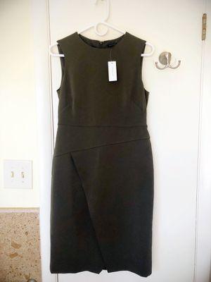 Ann Taylor Crewneck Sheath Dress Size 4 NWT for Sale in Miami, FL