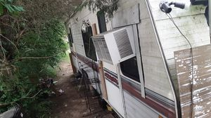 25ft Fleetwood terri camper bumper pull for Sale in Knoxville, TN