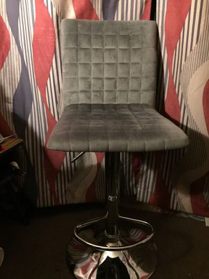 Vanity chair | Perfect for makeup for Sale in Las Vegas, NV