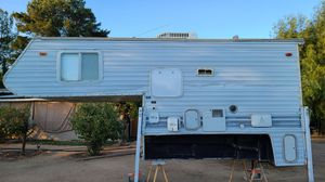 Cab over / over the cab camper for Sale in Wildomar, CA