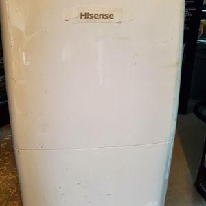 Hisense 200sq ft Portable dehumidifier for Sale in Rex, GA