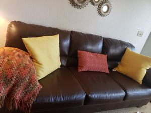 Confortable Brown faux leather couch for Sale in Gilbert, AZ
