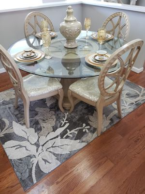 Dining table and 4 chairs for Sale in Atherton, CA