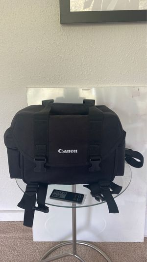 Canon DSLR bag and new Canon remote for Sale in Seattle, WA