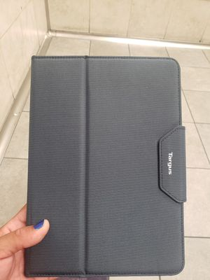 Targus VersaVu Classic Case for iPad {contact info removed} Inch Pro, Air/Air 2 (THZ67802US) for Sale in Houston, TX