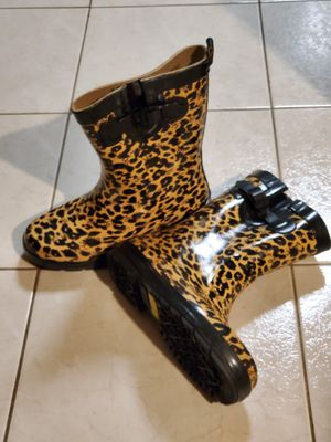 NEW - Capelli New York Rain Boots - size 9 - Holmdel NJ for Sale in Holmdel, NJ