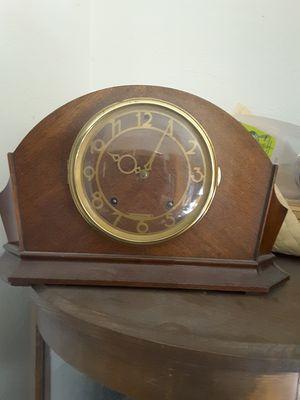 Antique mantle clock for Sale in Orlando, FL