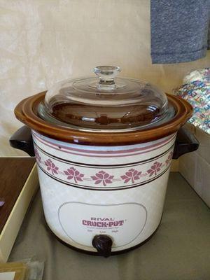 Vintage Crock Pot for Sale in Bonney Lake, WA