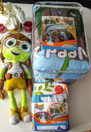 Beat bugs bedding and plushie for Sale in Chicago, IL