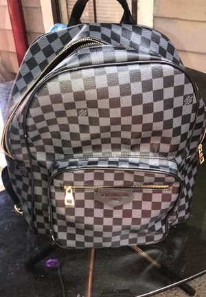 LOUIS VUITTON BAG. for Sale in Stone Mountain, GA