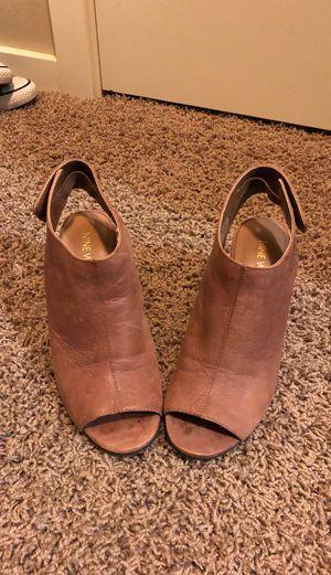 Heels for Sale in Marysville, WA