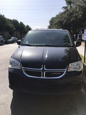 Dodge Grand Caravan sxt for Sale in Austin, TX