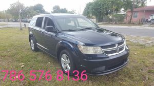 2011 Dodge Journey. for Sale in Hialeah, FL