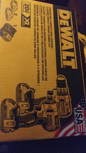 Set drills Dewalt 225 for Sale in Charlotte, NC
